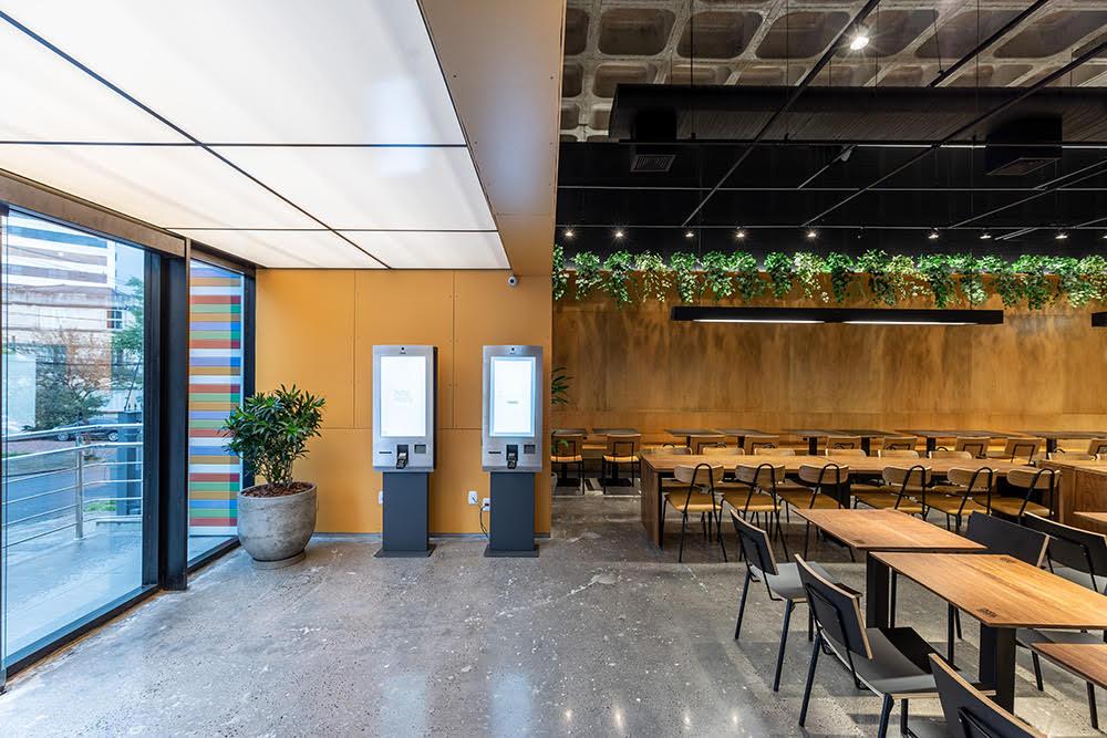 Rede de Restaurantes Petiskeira passa a contar com terminais de autoatendimento TAS 4000.