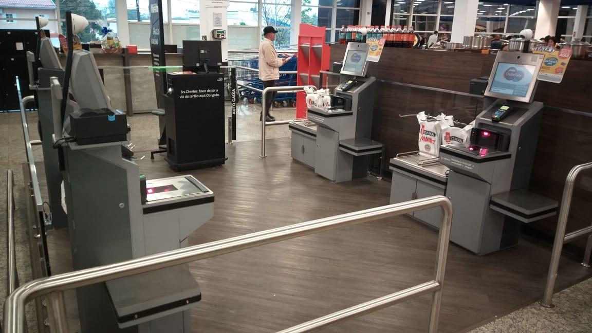 Irmãos Muffato, quinta maior rede de supermercados do Brasil, escolhe a performance do self-checkout da Perto.